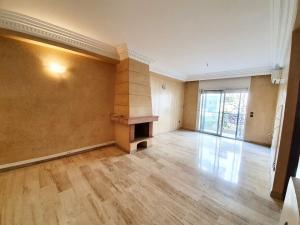 Bel appartement en location triangle d'or