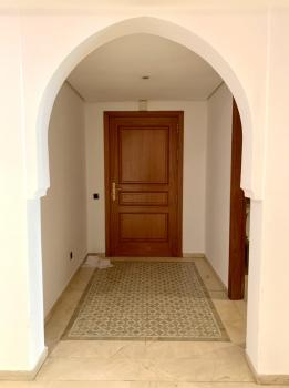 Appartement vide Haut Standing 2 chambres salon au Plazza de Marrakech