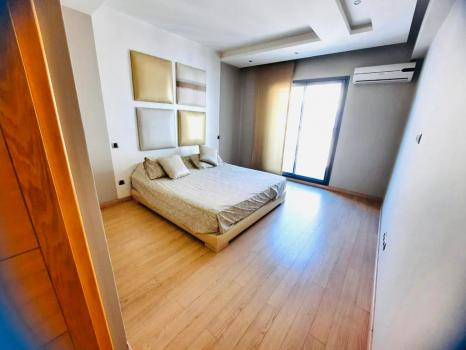 TRIANGLE D'OR-LOCATION-APPARTEMENT- MEUBLE-BALCON-141 M²