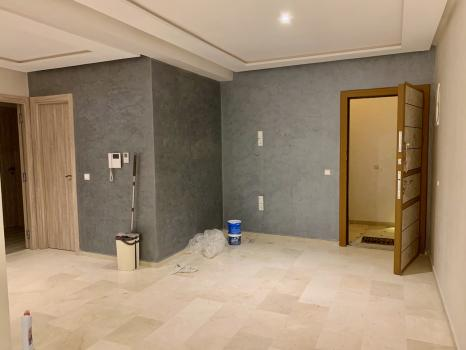 Appartement neuf 2 chambres salon vide Q. Charaf