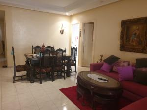 Location: appartement tres lumineux bd ghandi